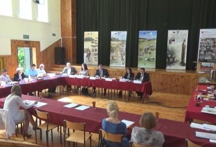 Nagranie z V sesji Rady Gminy Markuszów z dnia 30.06.2015 roku