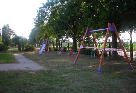Plac zabaw w Górach